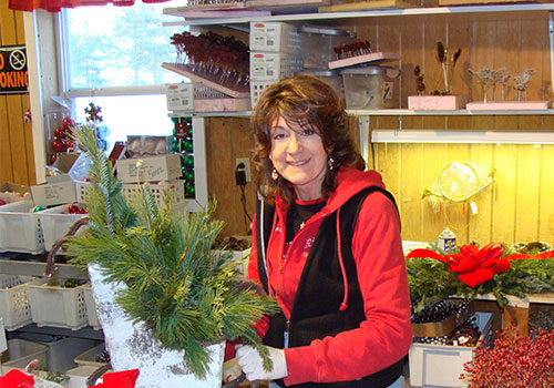Centerpieces, table decorations, wreath, ornaments and live Christmas Trees-precut or choose and cut your own, Fresh Wreaths and Live Christmas Trees at Richardson Adventure Christmas Tree Farm in Spring Grove, Illinois, NW of Chicago.