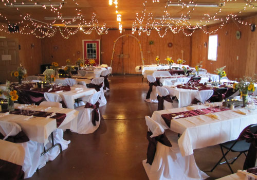 Rustic Private Event Spaces in Northern Illinois><img src=